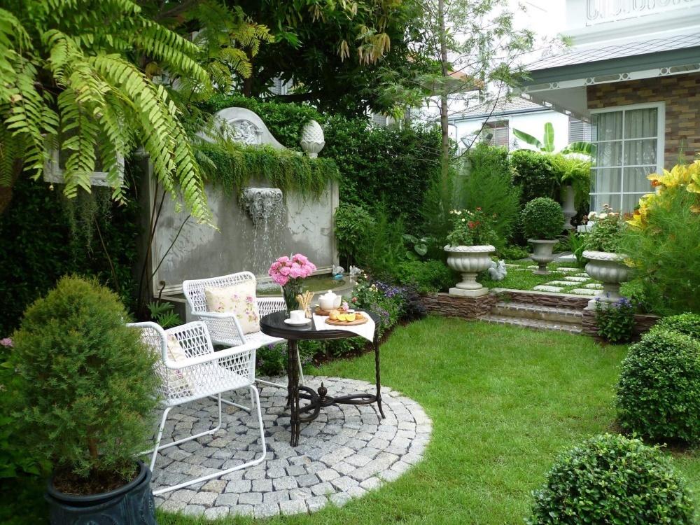 การจัด สวนอังกฤษแบบประยุกต์ ได้สวนสวยดูแพง