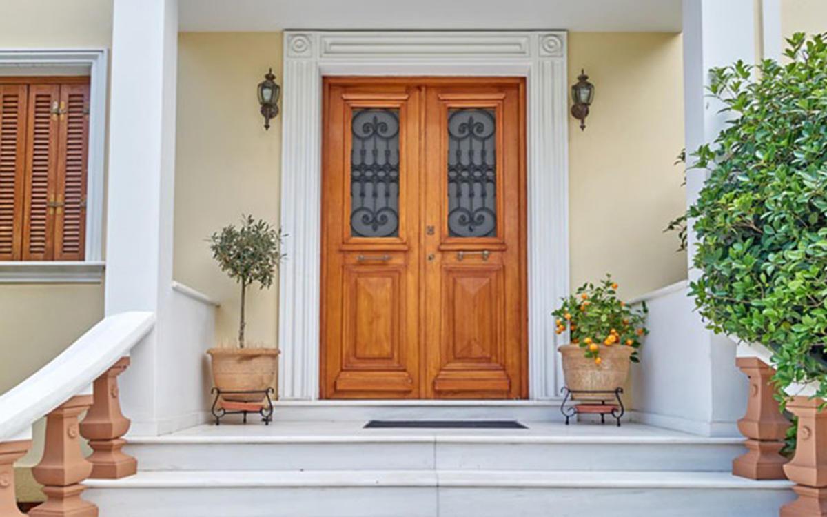 ประตูบ้านตามหลักฮวงจุ้ยที่ดี ไม่มีต้นไม้สูงขวางประตูบ้าน