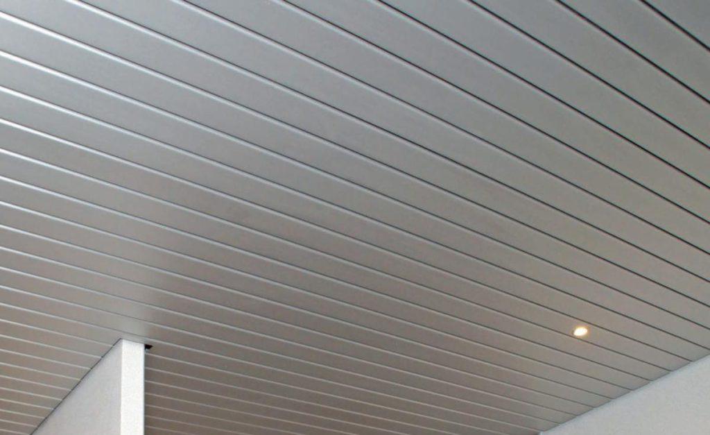 วัสดุที่ใช้ในการติดตั้งฝ้าเพดาน แบบอลูมิเนียม